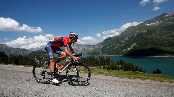 Cycling - Nibali makes good start, asks Yates for more respect