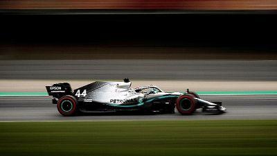 Gp Spagna: Hamilton brucia Bottas al via