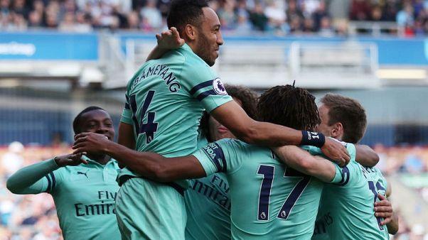 Aubameyang fires Arsenal to battling win at Burnley