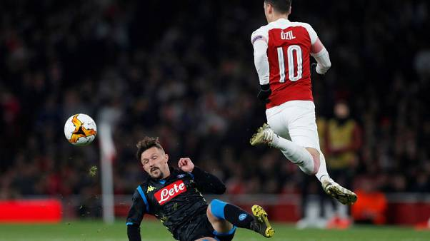 Mario Rui gives Napoli late win at SPAL