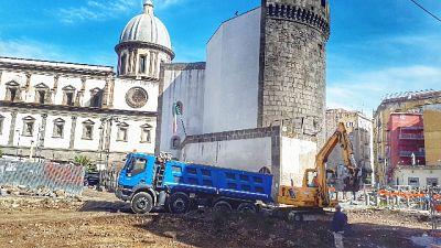 Napoli,riapre cantiere chiuso per racket
