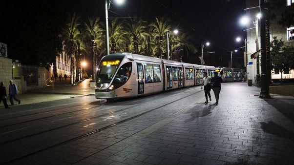 مجموعتان من الشركات تتقدمان بعروض في مناقصة لتوسعة قطار القدس