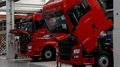 Volkswagen resumes preparations for truck unit IPO