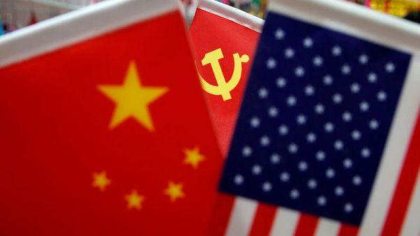 الصين تقول إنها اتفقت مع أمريكا على مواصلة محادثات التجارة