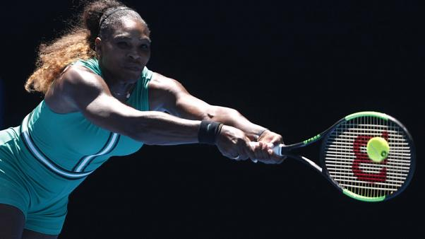Serena pulls out of Italian Open with knee injury