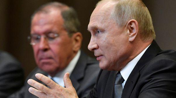 بوتين يقول إنه يشعر أن ترامب يريد بشكل حقيقي إصلاح العلاقات مع روسيا
