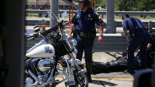 أفراد الشرطة المرافقون لركب سيارات ترامب يتعرضون لحادث