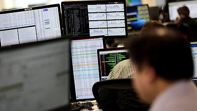 FTSE gains as trade tensions ease, earnings dominate