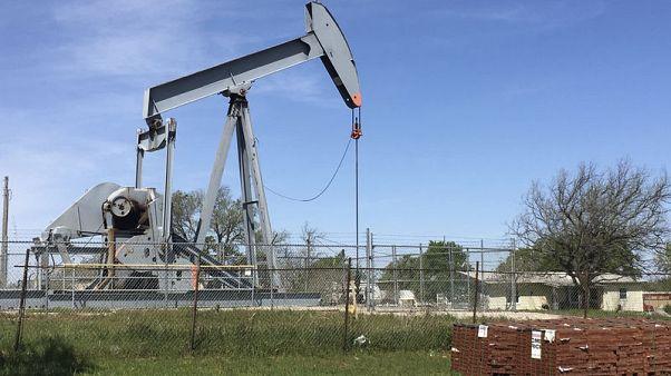 مصحح-وكالة الطاقة: إنتاج النفط الأمريكي يعوض فجوة إمدادات إيران وفنزويلا