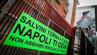 Napoli,su balconi striscioni antiSalvini