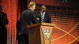 NBA: Magic Johnson et Larry Bird distingués conjointement