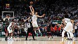 NBA: Lopez tire Milwaukee d'affaires