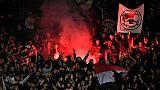 Des supporters de Nice lors d'un match à Nîmes, le 10 novembre 2018