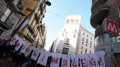 Salvini a Napoli, al via corteo 'anti'