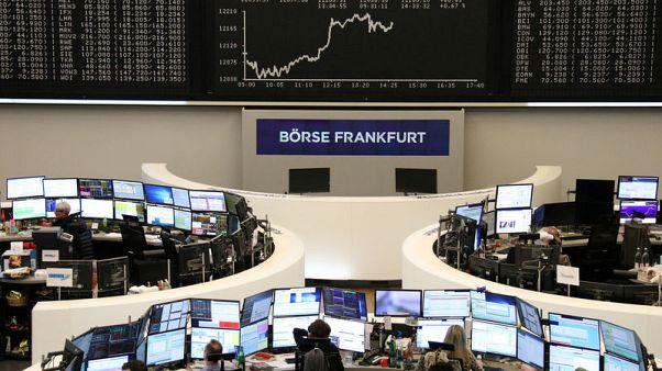 الأسهم الأوروبية تصعد بدعم من أنباء للشركات طغت على مخاوف التجارة