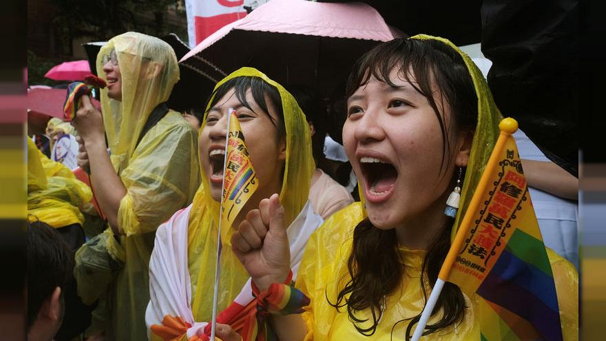 In first for Asia, Taiwan parliament endorses same-sex marriage