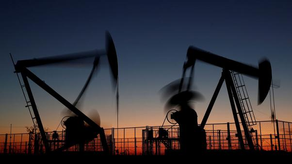 Oil extends gains into fourth straight day on Middle East tensions