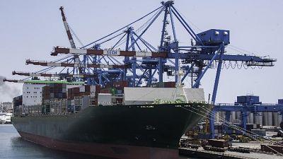 Cargo con armi: a Genova lunedì mattina