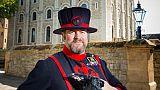 فراخ غربان في برج لندن تتصدى لأسطورة هلاك المملكة المتحدة