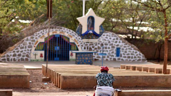 مسيحيون يبحثون عن ملاذ بعد هجمات دموية في بوركينا فاسو