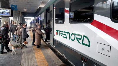 Rissa su treno a Milano, 4 feriti