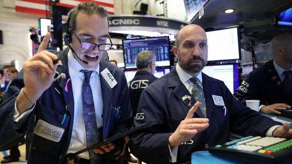 التكنولوجيا تهبط بالأسهم الأمريكية عند الفتح