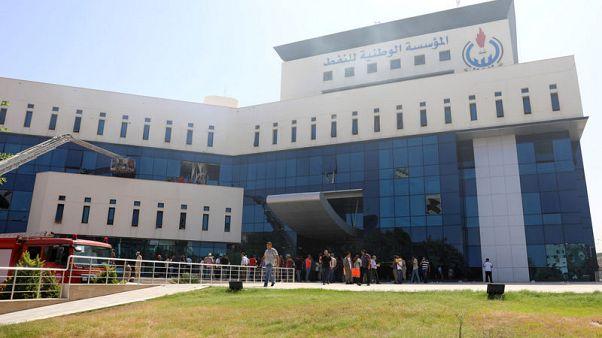 مؤسسة النفط الليبية تبدي قلقها من انعدام سيادة القانون