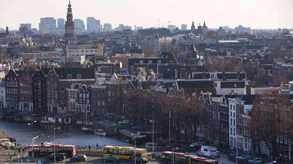 The Netherlands becomes first triple-A rated sovereign to launch green bond