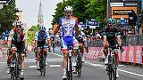 Giro: Demare batte Viviani allo sprint