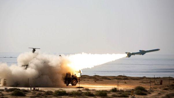 قائد بالحرس الثوري الإيراني: إيران تسيطر سيطرة تامة على شمال مضيق هرمز