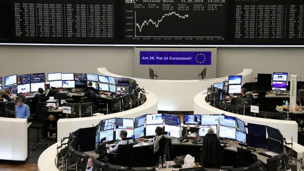 European shares hit by trade worries as pressure grows on UK's May