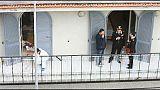 Picchiata da condomino nel Milanese