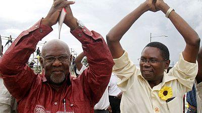 Veteran Zimbabwean nationalist Dabengwa, critic of Mugabe, dies - newspaper