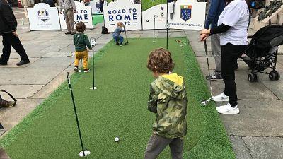 Golf in piazza, a Parma festa per 4000