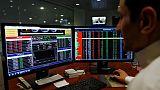 البورصة السعودية تتراجع تحت ضغط القطاع المالي ومصر تصعد بدعم من أسهم قيادية