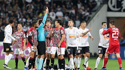 Deflected goal gives Corinthians 1-0 win over Sao Paulo