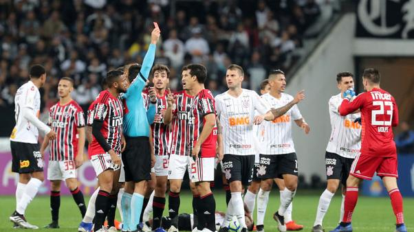 Deflected goal gives Corinthians 1-0 win over Sao Paulo