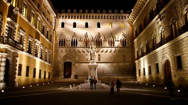 Italy's Monte Paschi merger candidates' list is thin - CEO to paper
