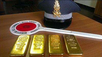 Traffico d'oro, patteggiamento a 5 anni