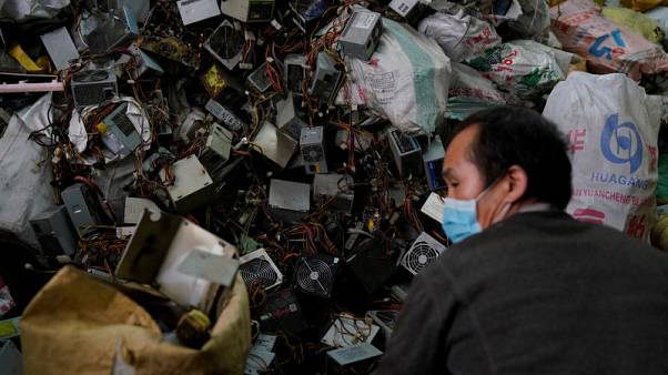 China aims to grant scrap import licences, quotas by end-June