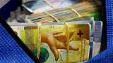 Swiss franc, yen shine as trade tensions dominate