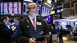 ستاندرد اند بورز يفتح عند أدنى مستوى في شهرين بفعل توترات التجارة