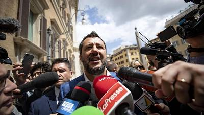Migranti: Salvini contro giudice Firenze