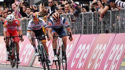 Giro: Cima vince l'ultima volata