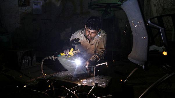 نمو الاقتصاد الهندي ينخفض إلى 5.8% في الربع/1 متأخرا عن الصين