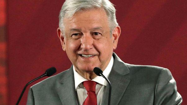 المكسيك وجماعات أعمال أمريكية تدعو ترامب للتراجع عن تهديد فرض رسوم