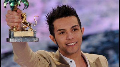 Arrestato per furto cantante Marco Carta