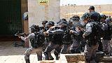 زيارة يهود متطرفين تثير غضب الفلسطينيين في ساحات المسجد الأقصى