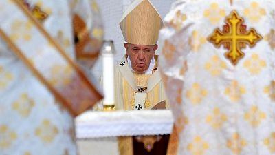 Papa: con regimi sofferenza per i popoli