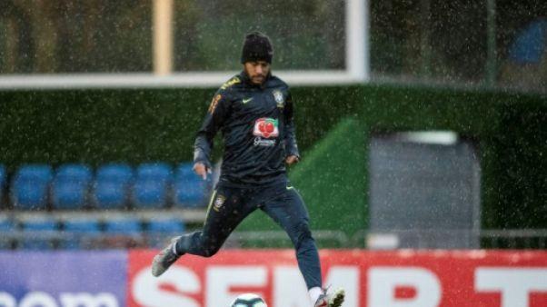 Le Brésilien Neymar en séance d'entraînement à Teresopolis le 3 juin 2019